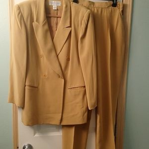 Jones of New York Silk Pants Suit